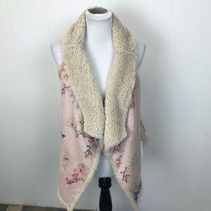 BB Dakota Fleece Lined Pink Floral Vest